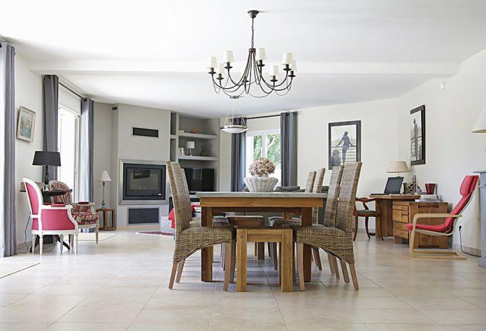 Stylowe krzesła do kuchni